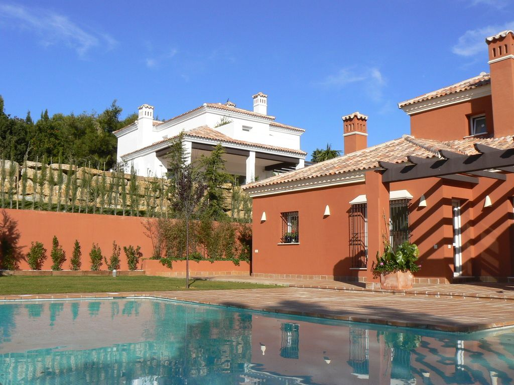 cover_Premium_property_luxury_villa_Sotogrande_Cadiz_Seville_Andalusia_Spain 5