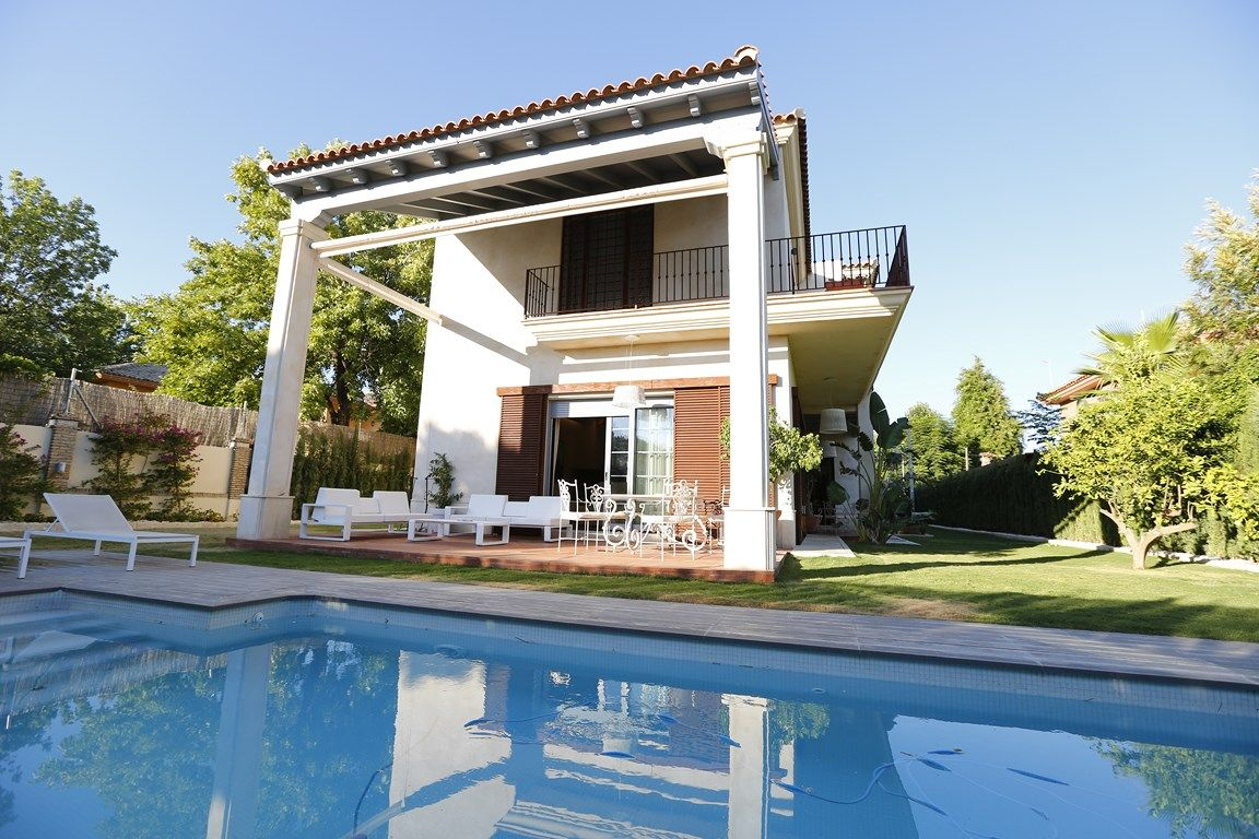 Contemporary_premium_luxury_villa_Seville_Andalusia_Spain 5
