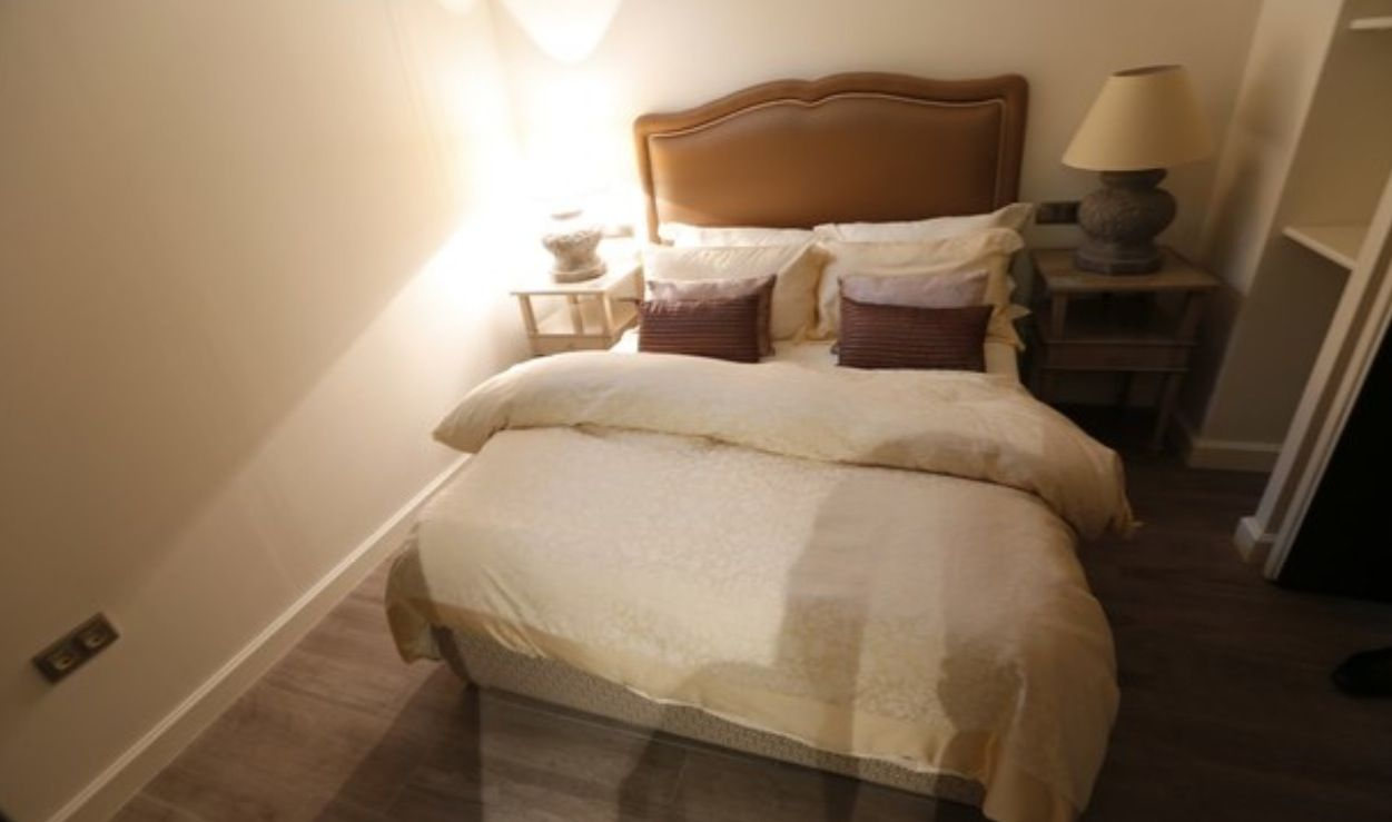 luxury apartment next to cathedral seville 17