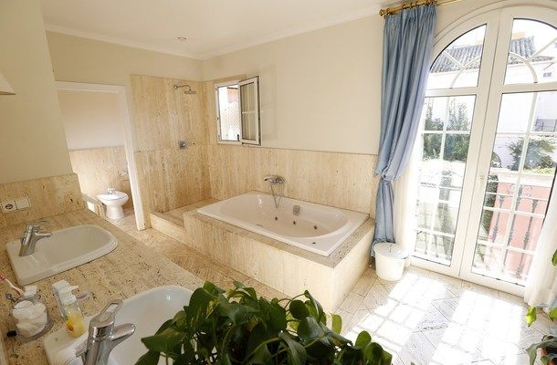 luxury house to rent in seville 13