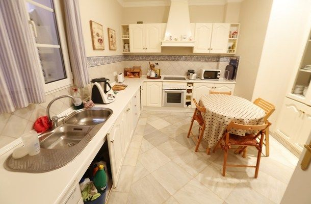 luxury house to rent in seville 12